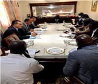 وفد من التجارة والصناعة يجري مباحثات مع مسؤولين بحكومة جنوب السودان