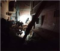 الحماية المدنية تنتشل ضحايا انهيار عقار مكون من 5 طوابق بـ«الدقهلية»