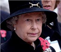 الملكة إليزابيث تتدخل لحل أزمة ملابس جنازة الأمير فيليب