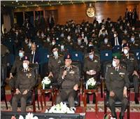 وزير الدفاع يشهد مناقشة الإستراتيجية المقترحة للحفاظ على استقرار المجتمع