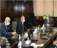 وزير الكهرباء يبحث سبل التعاون مع شركة هيتاشى «آى.بى.بى»