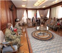 الفريق أسامة ربيع يلتقي مدير الشئون الاستراتيجية بالقيادة المركزية الأمريكية