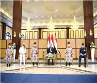 الرئيس السيسى يلتقي كبار قادة القوات المسلحة بمناسبة الاحتفال بذكرى نصر العاشر من رمضان| فيديو