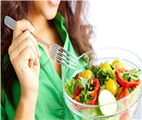 استشاري تغذية: اتباع نظام غذائي به حرمان لا يؤدي إلى ثبات الوزن