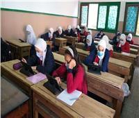 اليوم.. طلاب 6 ابتدائي وأولي وثانية ثانوي يؤدون اختبارات أبريل