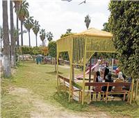 الشوارع تتحول إلى حدائق مفتوحة مزودة بمقاعد وألعاب ترفيهية بكفر الشيخ