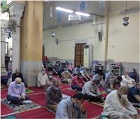 محافظ القليوبية يشيد بإجراءات المتابعة لمواجهة «كورونا» بالمساجد