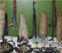 الداخلية تداهم البؤر الإجرامية بالفيوم وتنفذ 424 حكم وتضبط سلاح ومخدرات