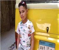التحريات: طفل المطرية سقط من بلكونة منزله بعدما تعرض لـ«3 رصاصات»