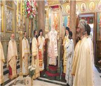 البابا ثيودروس يقيم صلاة غروب إثنين الباعوث