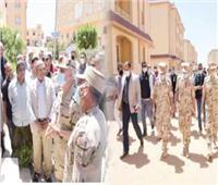 الفريق محمد فريد يتفقد الحالة الأمنية ويلتقى رجال القوات المسلحة بشمال سيناء