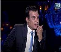«البيت اتقلب سواد».. إيهاب توفيق: مطرب زارني ورمالي عمل في البيت |فيديو