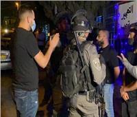 إصابة فلسطينيين واعتقال آخرين خلال قمع قوات الاحتلال لمعتصمين في القدس