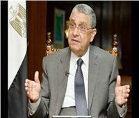 وزير الكهرباء يقضي إجازة عيد الفطر وسط أسرته