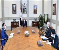 الرئيس السيسي يوجه بتوطين صناعات التكنولوجيا في منطقة قناة السويس