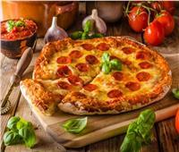 قبل العيد   طريقة عمل عجينة البيتزا بدون خميرة