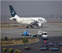 ماليزيا تُعلق حركة الطيران مع باكستان ودول أخرى بعد ارتفاع إصابات كورونا