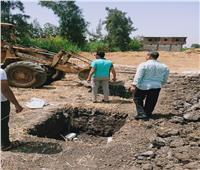 إزالة 5 حالات تعد بالبناء على الأراضي الزراعية بالبحيرة
