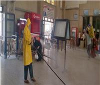 محافظ أسيوط يتابع تعقيم المساجد والسكة الحديد ومكاتب البريد