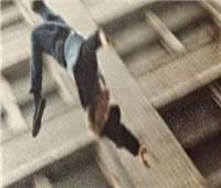 ضبط الأب صاحب فيديو إلقاء ابنته من الشرفة بالعياط