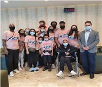 «زيارة مصر حلم حياتها» رئيس تنشيط السياحة يستقبل أمريكية مصابة بالسرطان