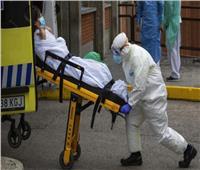 السلطات الصحية الأمريكية: فيروس كورونا ينتقل عبر الهواء في الأماكن المغلقة