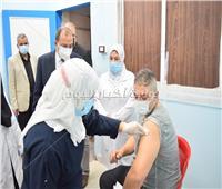 رئيس جامعة بني سويف يعلن توافر لقاح كورونا بالمستشفى الجامعي