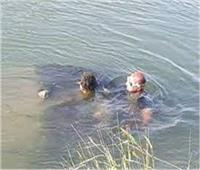 انتشال جثة شاب بعد غرقه في نهر النيل بقنا