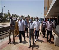 تطهير وتعقيم محطة السكة الحديد بصدفا في أسيوط