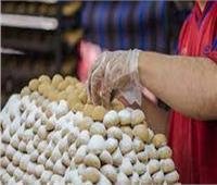 الداخلية تشارك المواطنين الفرحة بالعيد بتوزيع الكعك