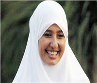 هل عادت حلا شيحة إلي الحجاب بأمر من معز مسعود