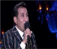 الليلة..  أحمد شيبة يرقص مع «شيخ الحارة».. فيديو