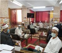 أوقاف الإسماعيلية تجتمع بمديري الإدارات للإستعداد لصلاة عيد الفطر.. صور