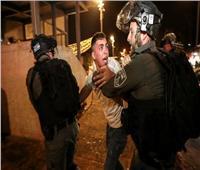 قوات الاحتلال تعتدي على الفلسطينيين في حي الشيخ جراح بالقدس.. فيديو