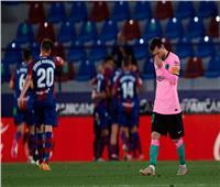برشلونة يسقط في فخ ليفانتي ويفرط في صدارة الليجا| فيديو