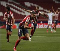 أتلتيكو مدريد يقترب من لقب الليجا بثنائية في سوسييداد| فيديو