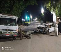 مصرع عامل وإصابة 3 آخرين في حادث تصادم سيارتين بقنا