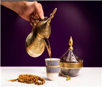 «قهوة عربي» مع «ترافل التمر بالشوكولاته» للضيافة في العيد