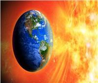 «البحوث الفلكية» تكشف تفاصيل تعرض الأرض لعاصفة شمسية