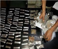 كوكتيل مخدرات بحوزة 98 شخصا في حملة أمنية بالجيزة