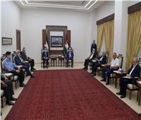 الرئيس الفلسطيني يترأس اجتماعا طارئا لمتابعة الأوضاع الدامية