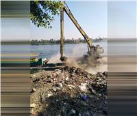 إنهاء تعاقد سائق بالوحدة المحلية بمنشأة القناطر ألقى مخلفات في النيل