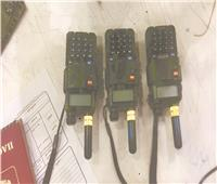 ضبط أجهزة لاسلكي وملابس عسكرية مع روسي بـ«مطار القاهرة»