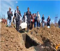 فيديو  مدينة روسية تقيم بطولة سرعة حفر القبور