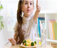 للأمهات.. طرق سهلة لتحبيب الأطفال في تناول الخضار