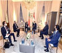 الرئيس السيسي يلتقي رئيس وزراء البرتغال بمقر إقامته بباريس