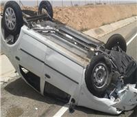 إصابة سائق في حادث انقلاب سيارة بالمنيا
