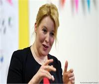 وزيرة الأسرة الألمانية تتقدم باستقالتها إثر تشكك في رسالة الدكتوراة الخاصة بها