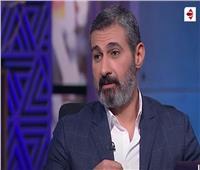 ياسر جلال: «الراجل اللي يحط مراته فوق دماغه الناس تحترمه» | فيديو