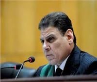 قاضي محاكمة المتهمين بـ«خلية عشماوي» يلبي طلبًا لوالدة متهم